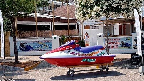Alquiler Excursiones embarcaciones motos de agua RIB Master Denia